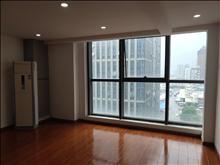(无中介费)出行方便的汇丰时代广场  两用 上下两层 200平  年租金6万