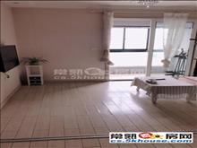 万达广场80平精装修采光好拎包随时就可以入住2室1厅2卫诚租2500元/月