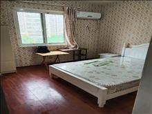 湖畔现代城 800元/月 4室2厅2卫 简单装修 业主诚心出租
