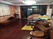 大社区生活交通方便滨江花园 1700元/月 3室2厅2卫 精装修