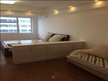 万达广场 单身公寓 1室1厅1卫 全新精装修 业主诚心出租 包物业