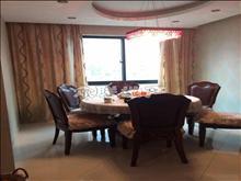 尚湖中央花园 4700元/月 3室2厅2卫 精装修 居住舒适
