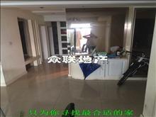 尚湖中央花园 4200元/月 4室2厅2卫 精装修 楼层佳看房方便
