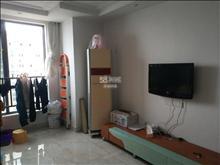 东南悦城  2室2厅2卫2阳台  2600每月  精装修