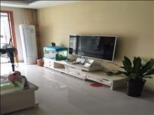 港龙香江城 82平2房2厅1卫 精装 家电齐全2700 包物业