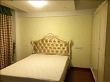 东南悦城 2500元/月 2室2厅1卫 精装修 环境幽静居住舒适