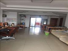 尚湖中央花园精装修3室2厅2卫2阳台 首次出租 房东好说话 面议
