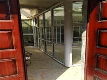 湖苑一区 精装两房 2600每月 装修精致