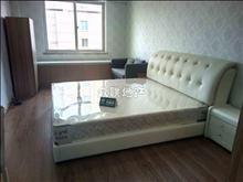 中南锦城精装公寓 装修清爽 家电齐全 紧邻万达 购物出行方便