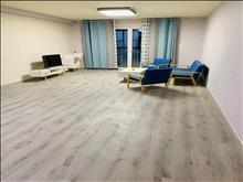 好房出租居住舒适万达华府 3200元/月 4室2厅2卫 精装修