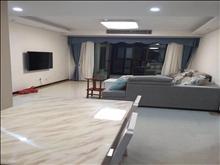 新城虞悦豪庭 3600元/月 3室2厅2卫 精装修 绝对超值免费看房