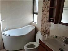 衡泰国际花园 4300元/月 3室2厅2卫 精装修