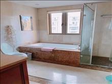 世茂三期稀缺跃层 257平挑高客厅 品味设计 高端装修 楼上楼下双阳台 送车位 价格好谈