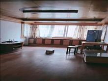 漕泾新村一区 2000元/月 2室2厅1卫 简单装修 全家私电器出租