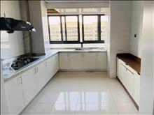 宝龙名仕豪庭 3000元/月 3室2厅2卫 精装修 家具电器齐全非常干净