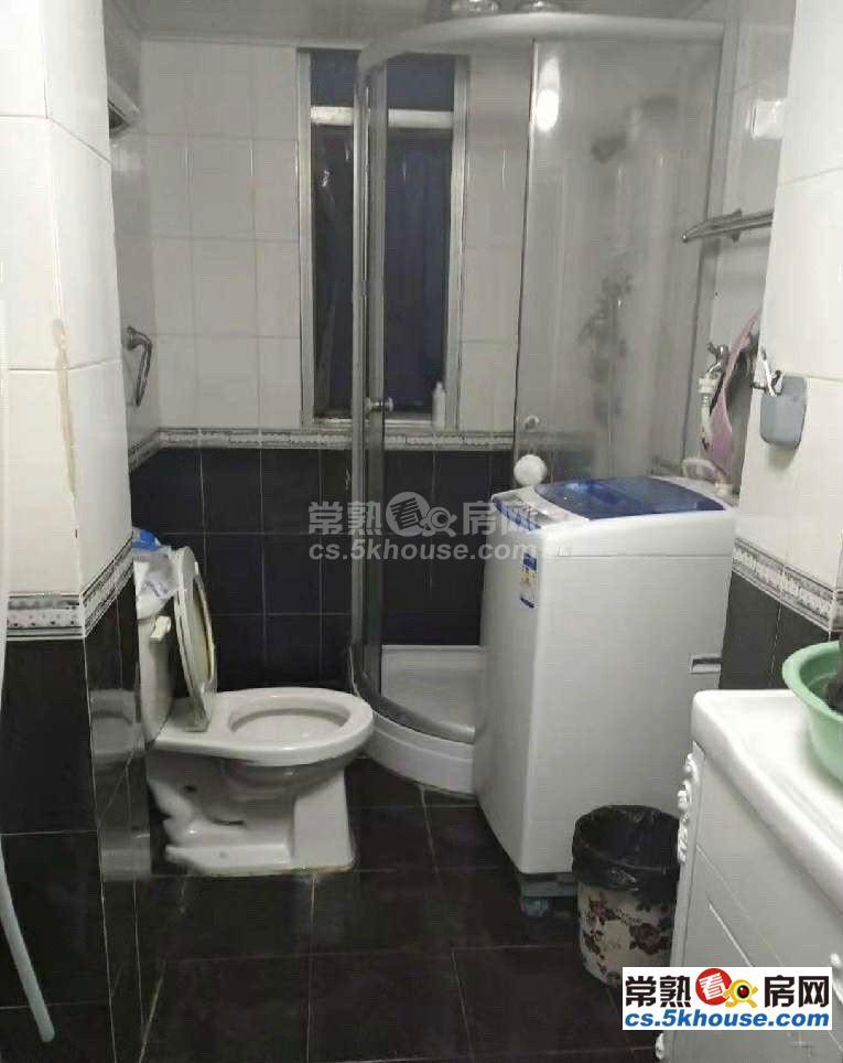 单价18000 漕泾新一区 95平 装修好 中间楼层172万