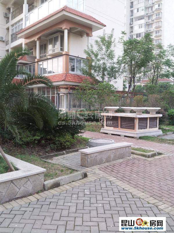 东湖京华 158万 2室2厅2卫 精装修 大型社区居家首选