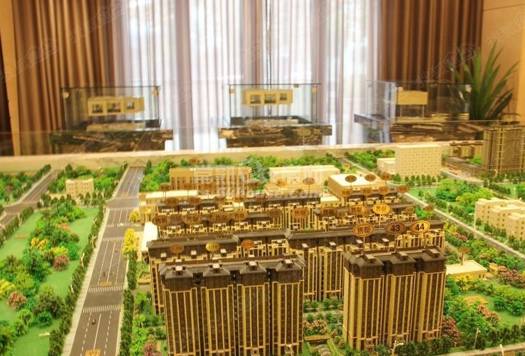 新城香溢景庭 小高层 80平方超实用小三房166万