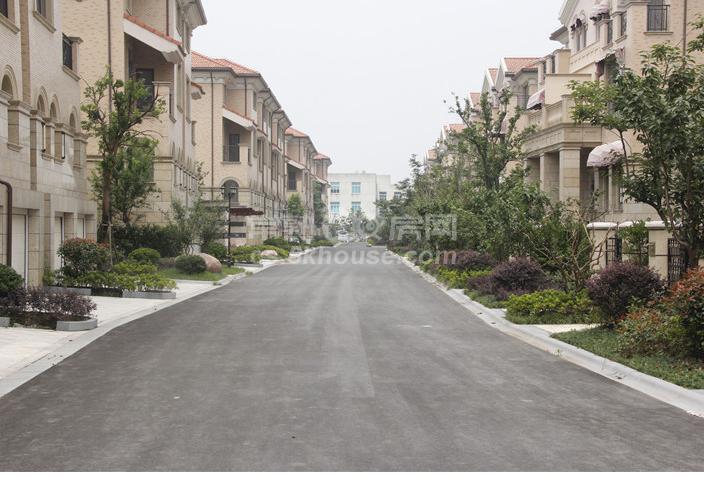 嘉湖景园400平485万 房东再次降价 诚心随时看房