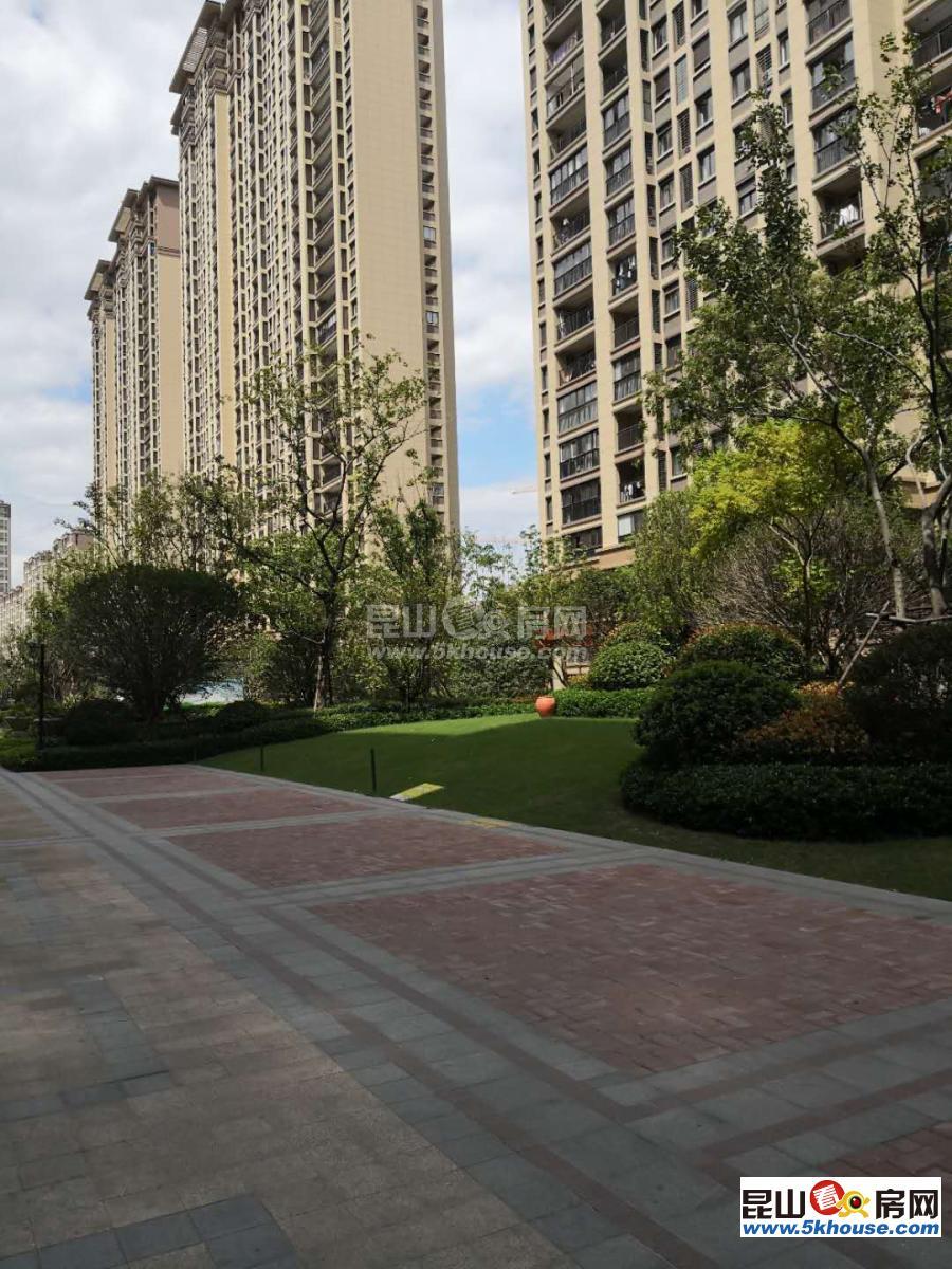 国际城市花园 220万 3室2厅2卫 精装修 ,舒适,视野开阔