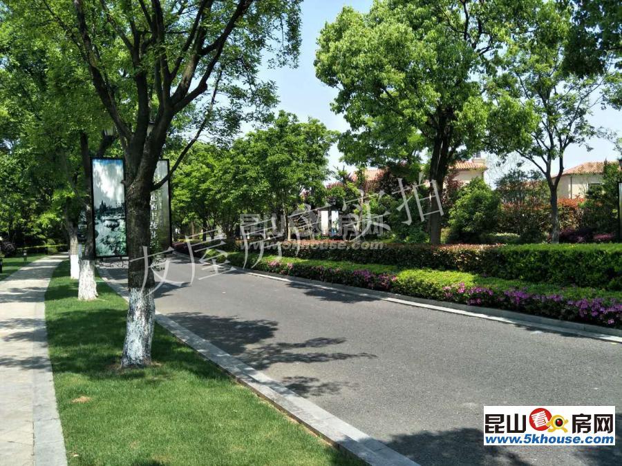 急售时代御湖合院,朝南花园200平,双车位,位置好,视野开阔