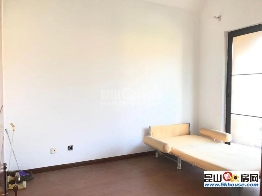 富力湾 335万 4室2厅4卫 简单装修 ,住家简单装修 有钥匙带您看