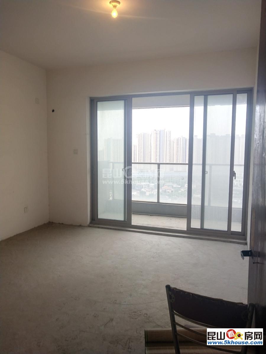 想置业的朋友看一下,世茂蝶湖湾 160万 3室2厅1卫 毛坯 业主急售