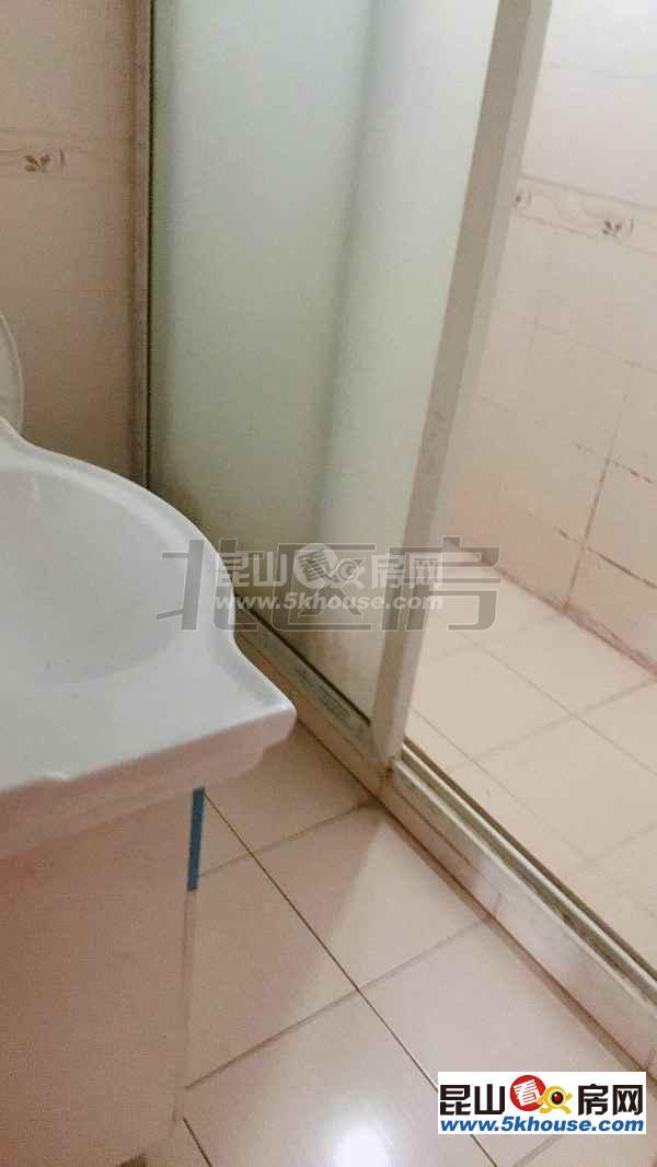 扬子新村 1900元月 3室2厅1卫,3室2厅1卫 精装修 正规高性价比,你最好的选择