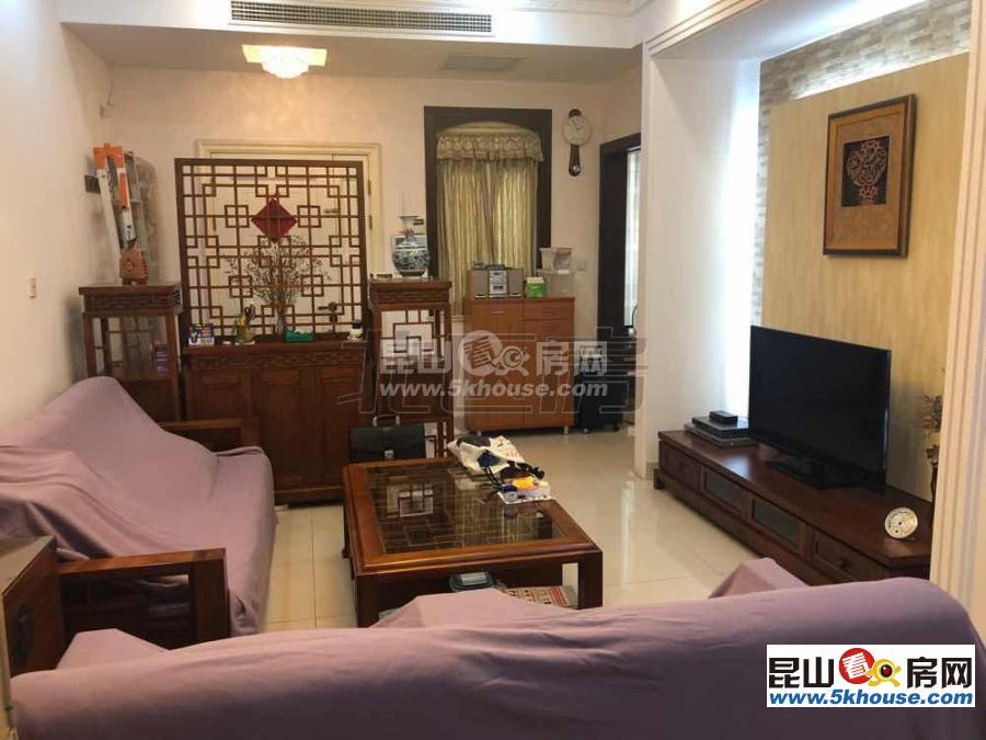 联排别墅绿中海 590万 4室2厅3卫 台湾人自住装修 保养极好 直接入住