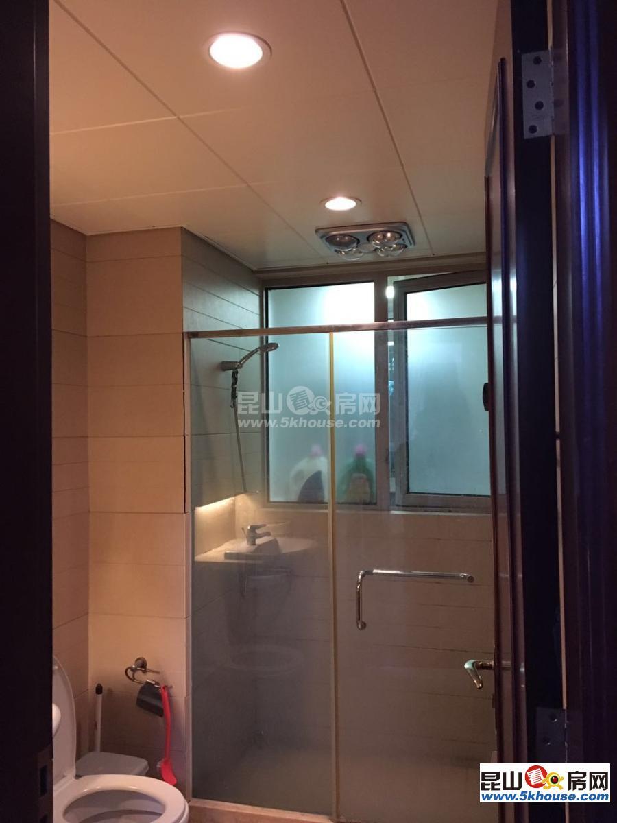蝶湖湾一期精装大三房 观景楼层 3室2厅2卫 保养如图,直接入住抄底价