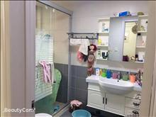 尚城国际花园 2400元月 3室2厅1卫,3室2厅1卫 精装修 ,干净整洁,随时入住
