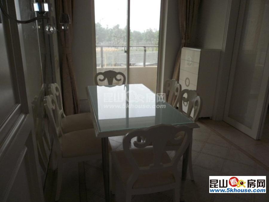 世茂东外滩 132万 3室2厅1卫 精装修 ,大型社区,居家首选
