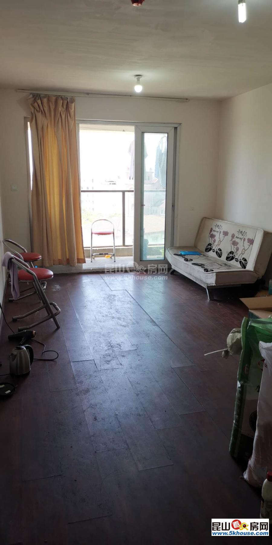 店长重点水岸香堤 116万 2室2厅1卫 简单装修 ,环境优雅