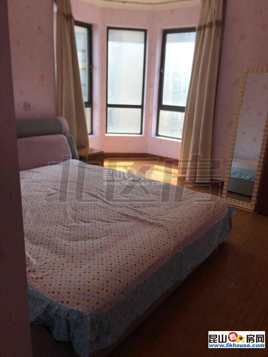 琨城帝景园 3300元月 3室2厅2卫,3室2厅2卫 精装修 ,楼层好,有匙即看