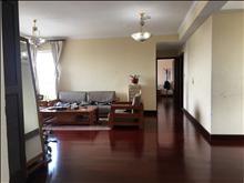 世茂蝶湖灣 一期200萬 3室2廳2衛 精裝修 低價出售,房主誠售有鑰匙