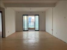 国际华城 2200元月 3室2厅2卫,3室2厅2卫 简单装修 ,价格实惠,空房出租