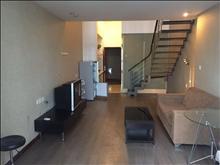 多套优质房源急租市中心单身精装公寓 随时看房 有钥匙