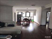 干净整洁,随时入住,嘉宝梦之城 2500元月 4室2厅2卫 精装修
