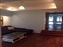 绿地21城e区 4500元月 4室1厅1卫 干净整洁,随时入住