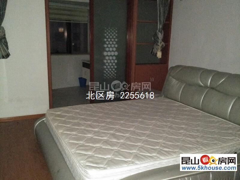 弘辉首玺 金鹰商业圈 3室2厅2卫 豪华装修 ,环境幽静,居住舒适