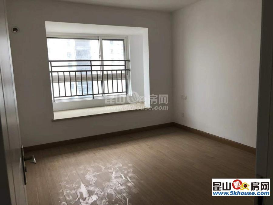 新上门挂牌绿地21城滨江汇 110万 2室2厅1卫 开发商装修.