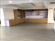 办公商铺,240平米,豪华装修,10万一年,停车方便