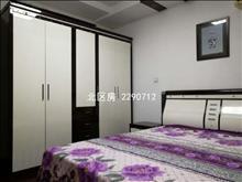 順城名灣 2300元月 4室2廳3衛 精裝修 ,少有的低價出租