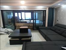 碧悦湾 豪装2房 3000不讲价 接受价格房东再接着装