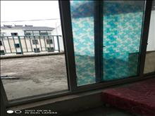 枫情佳苑 1600元月 5室2厅2卫 简单装修 ,有露台