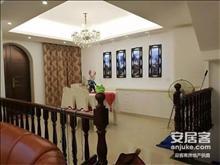 上海湾双拼临湖别墅 环境优美 居住舒适 托斯卡纳风格 现房销售