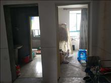 锦溪花园 2500元月 2室2厅1卫 精装修 环境幽静居住舒适