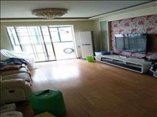 申峰花苑 2000元月 2室2厅2卫 精装修 小区安静,低价出租