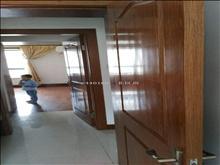 配套齐全,农房英伦尊邸 2000元月 2室2厅1卫 精装修 急租
