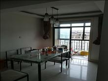 安静住家,好房不等人,江南明珠苑 3500元月 3室2厅2卫 精装修